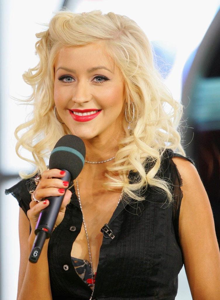 Christina Aguilera Bombastic Images