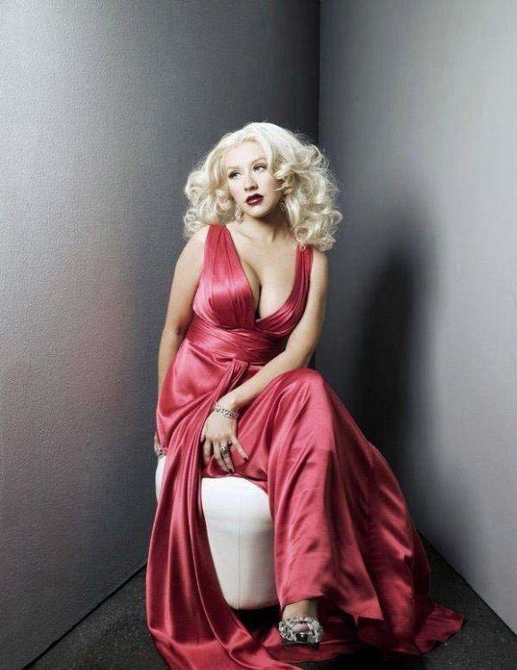 Christina Aguilera Cute Images
