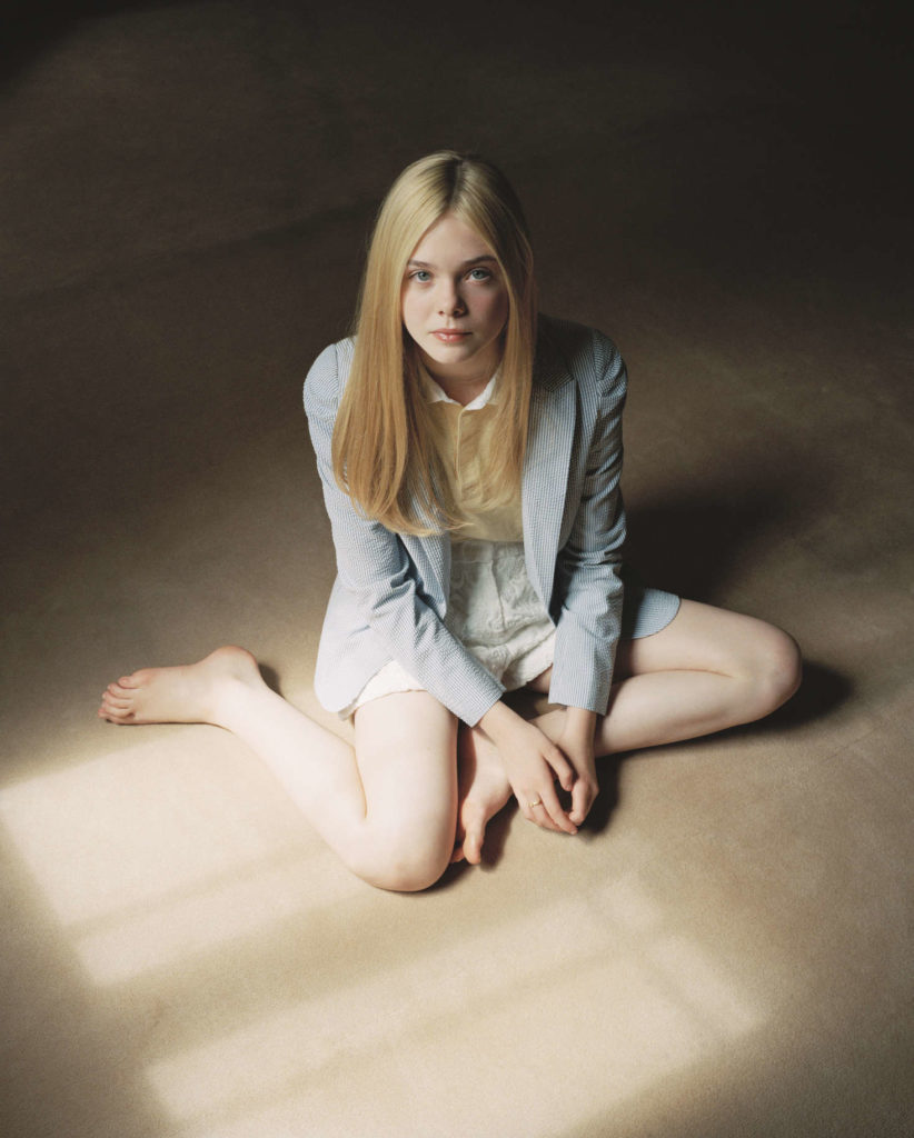 Elle Fanning Lovely Wallpapers