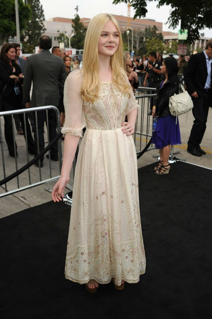 Elle Fanning Spicy Images