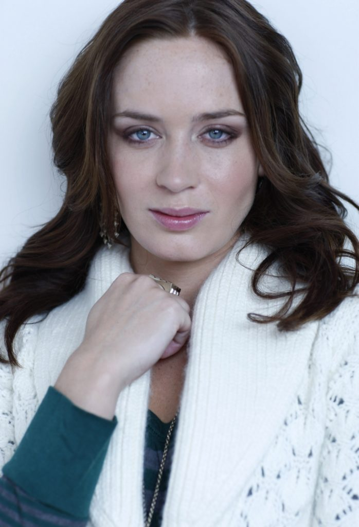 Emily Blunt Lovely Wallpapers