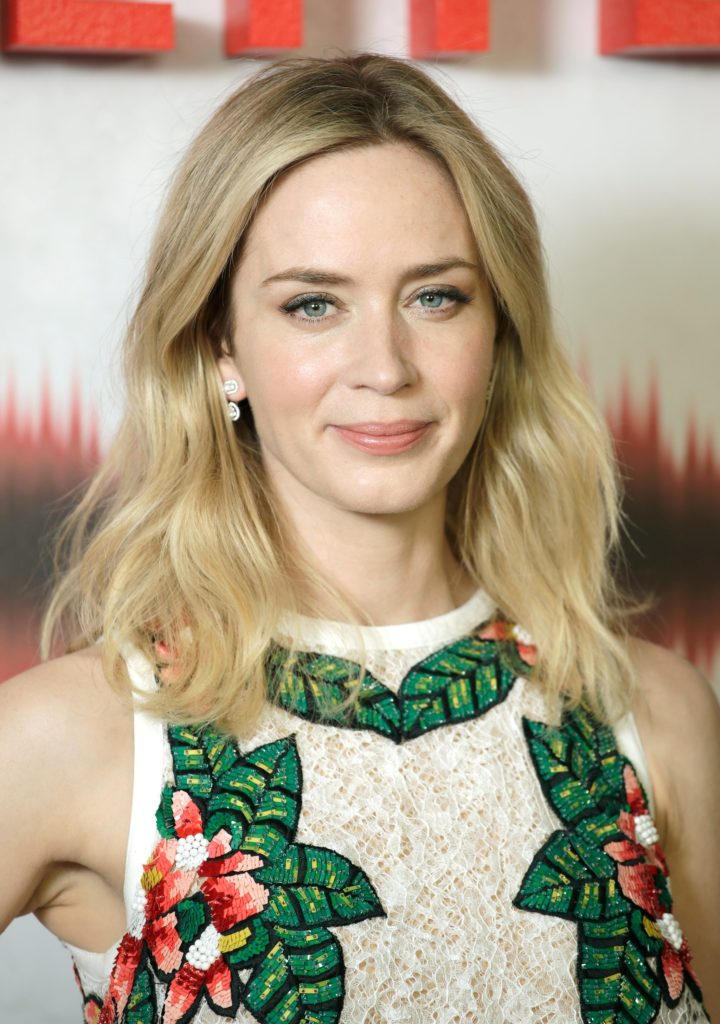 Emily Blunt Scenie Wallpapers
