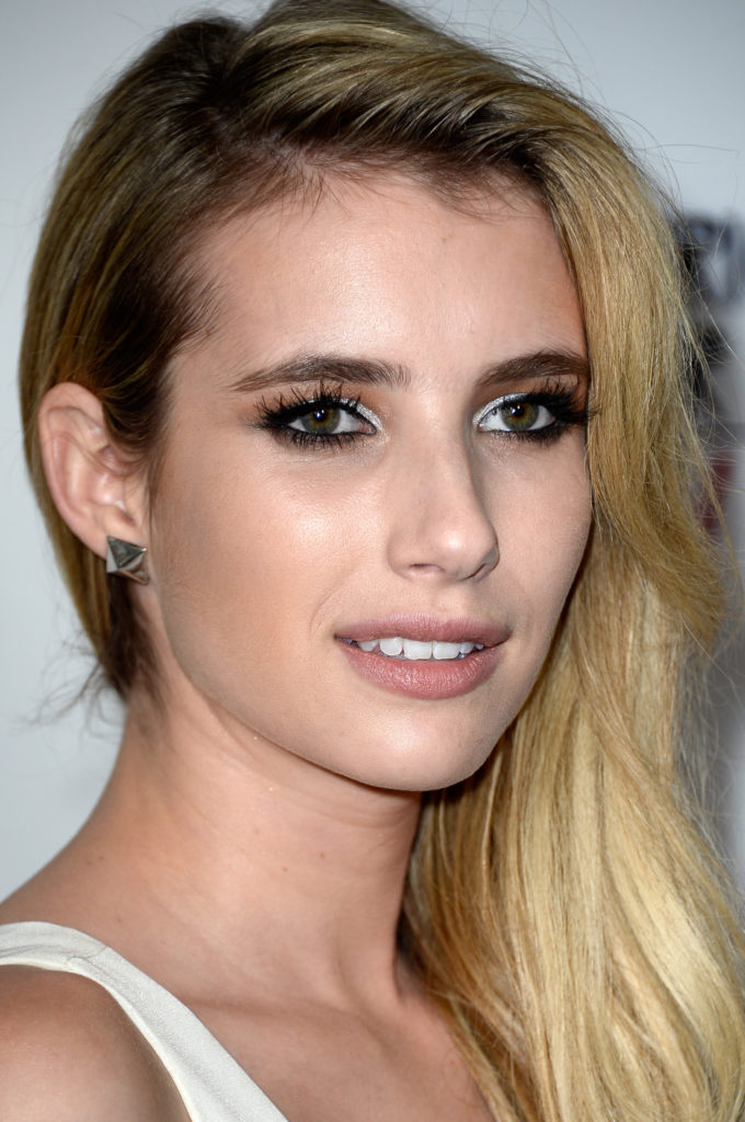 Emma Roberts Full HD Photos
