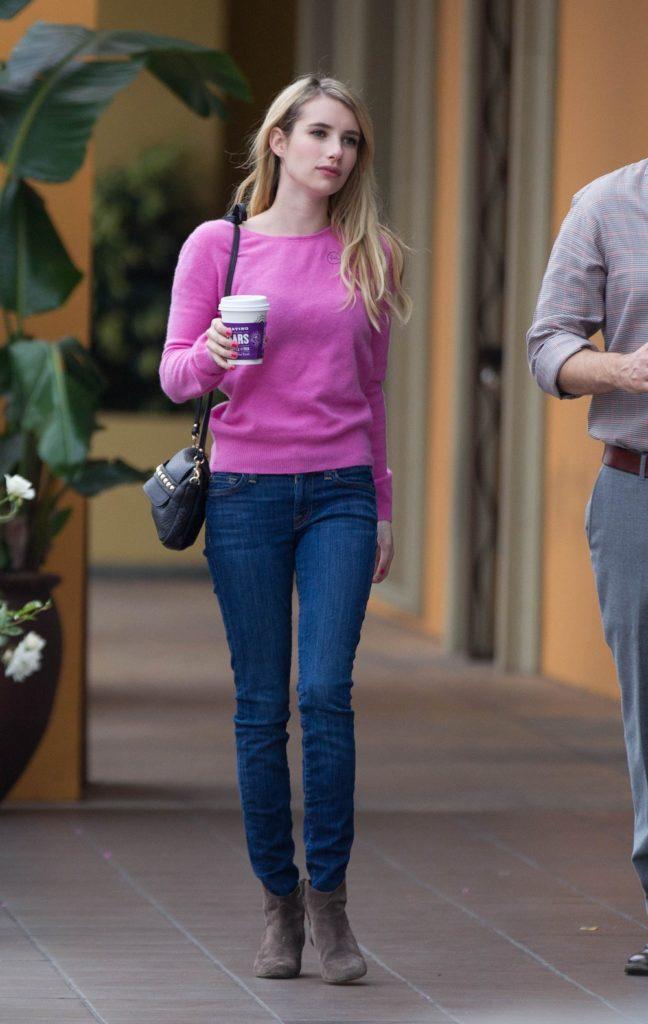 Emma Roberts Scenic Pics