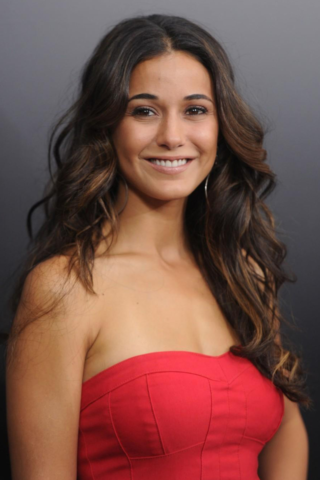Emmanuelle Chriqui Beautiful Pics