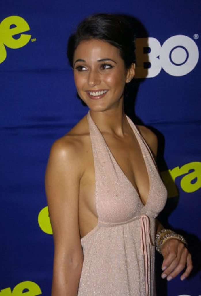 Emmanuelle Chriqui Full HD Pics
