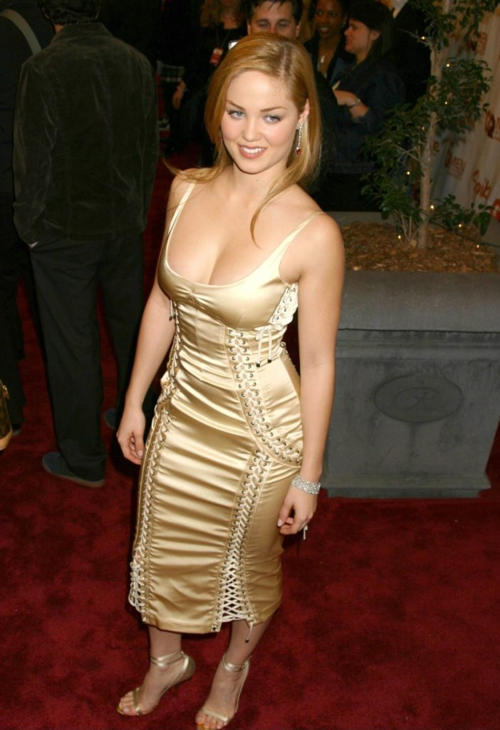 Erika Christensen Photos In Short Cloths