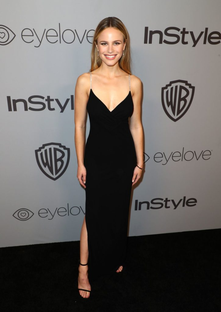 Halston Sage Photos
