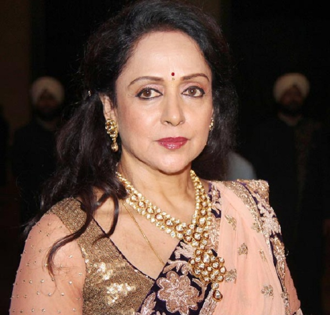 Hema Malini Cute Smiling Images