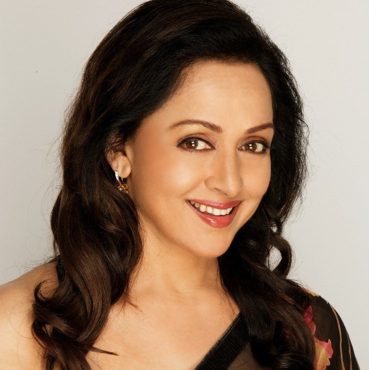 Hema Malini Cute Wallpapers