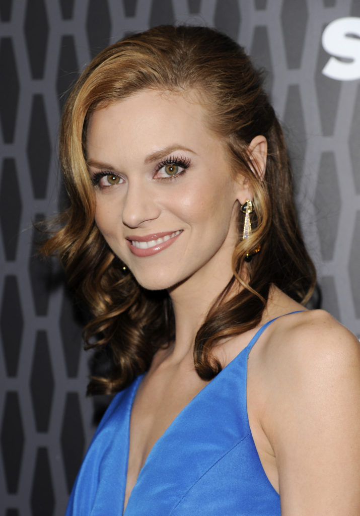 Hilarie Burton Photos For Profile Pics