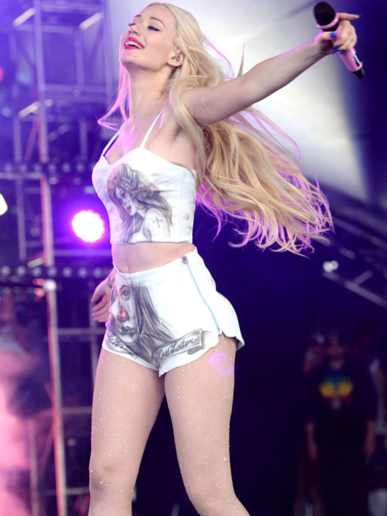 Hollywood Actress Iggy Azalea Photos
