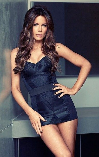 Hollywood Actress Kate Beckinsale Photos