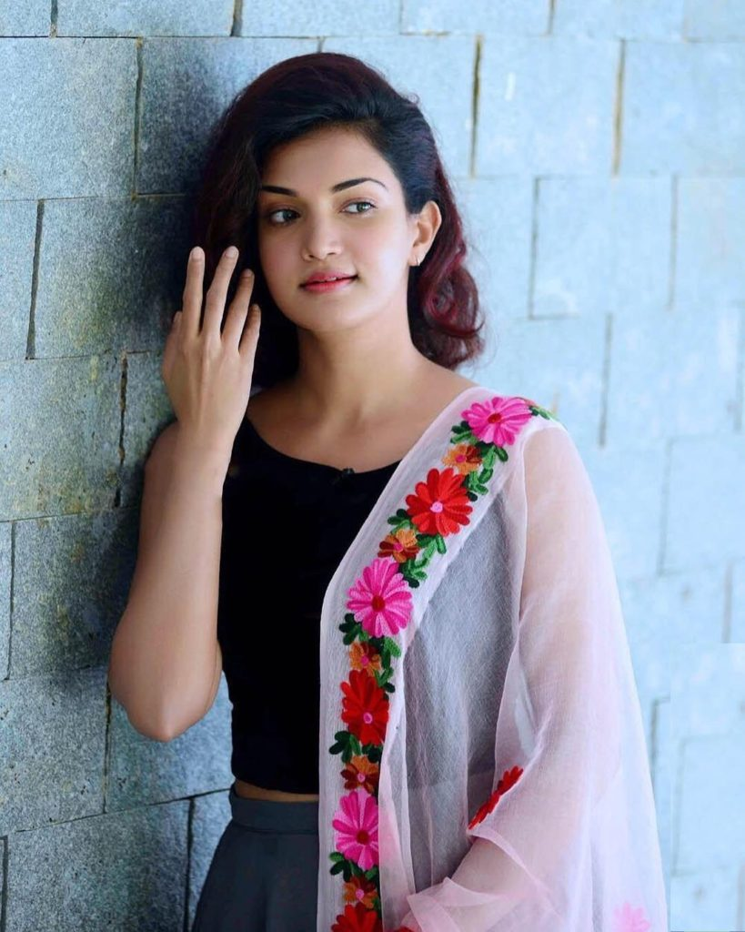Honey Rose HD Sexy Images Gallery