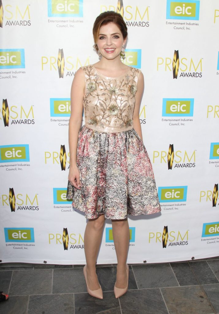 Jen Lilley Images In Short Dress