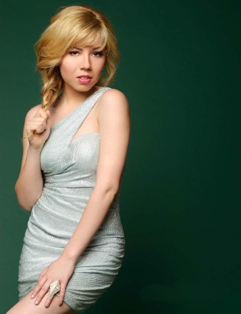 Jennette McCurdy Bombastic Images