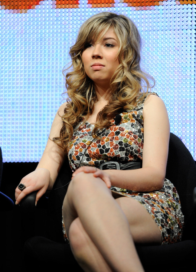 Jennette McCurdy New Hair Style Pictures