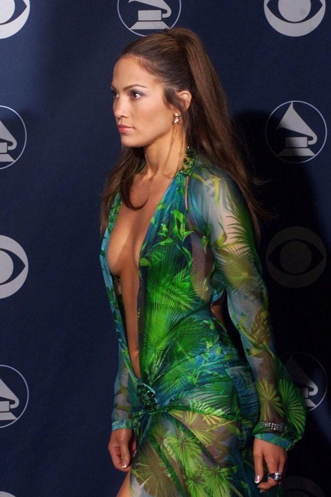 Jennifer Lopez Charming Pics