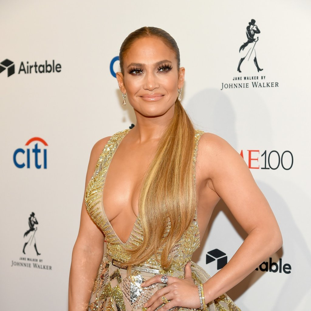 Jennifer Lopez Sexy Boobs Showing Photos