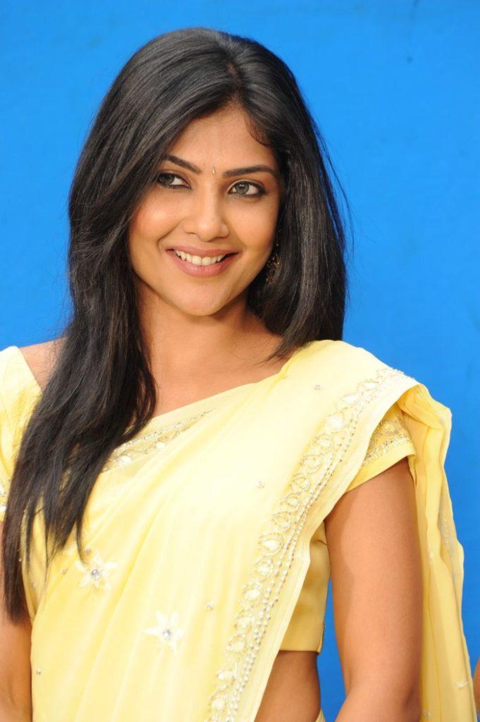 Kamalinee Mukherjee Bold Images