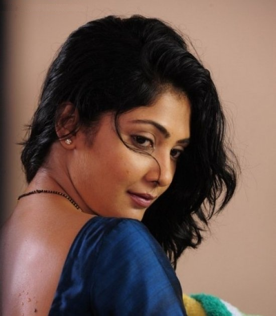Kamalinee Mukherjee HD Wallpapers Download