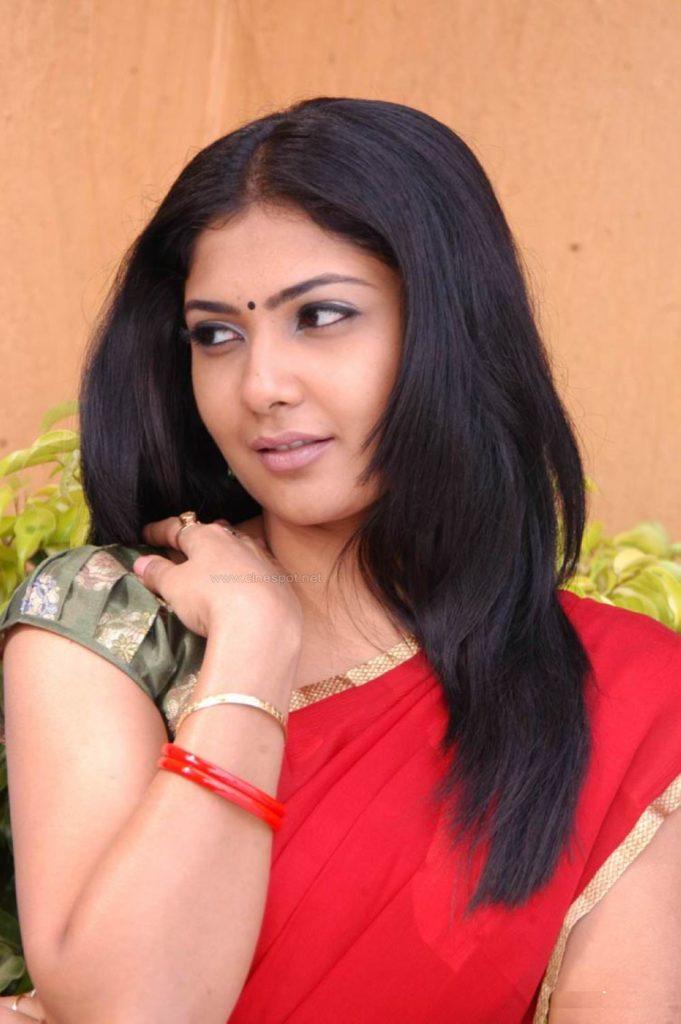 Kamalinee Mukherjee New Hair Style Pics