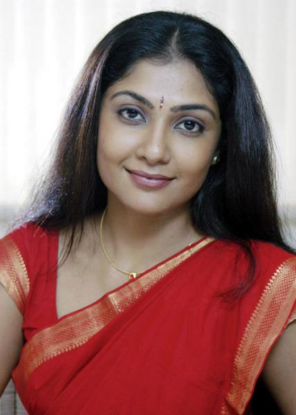 Kamalinee Mukherjee New Images