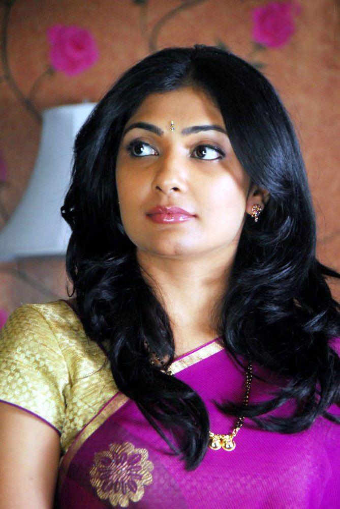 Kamalinee Mukherjee Pictures Download