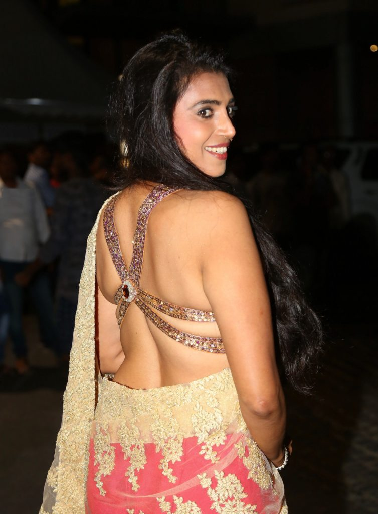 Kasthuri Hot In Backless Clothes
