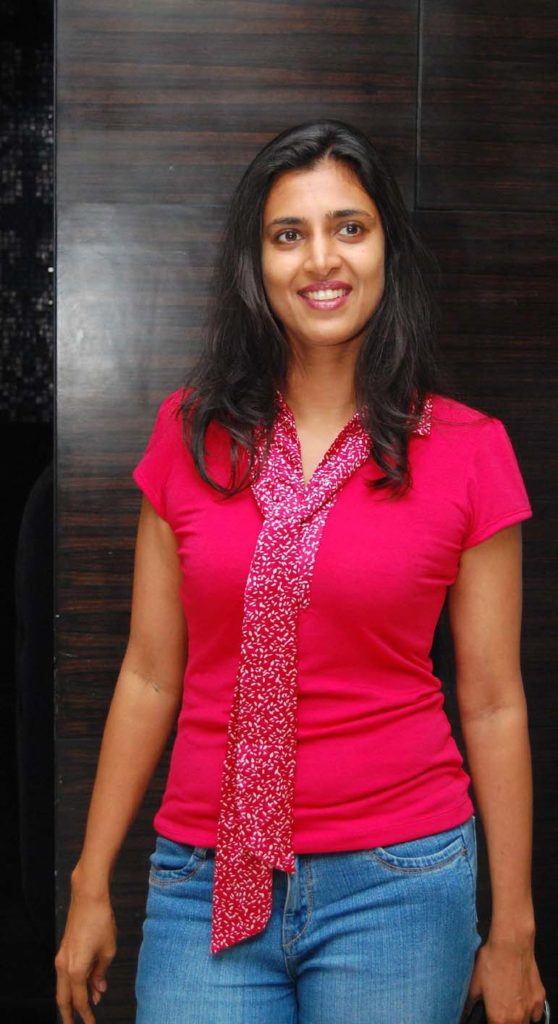 Kasthuri Hot In Jeans Top Images