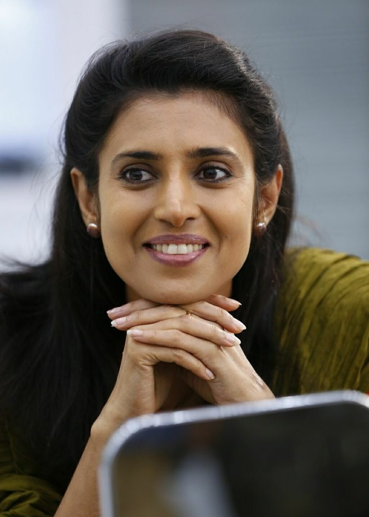 Kasthuri Unseen Images