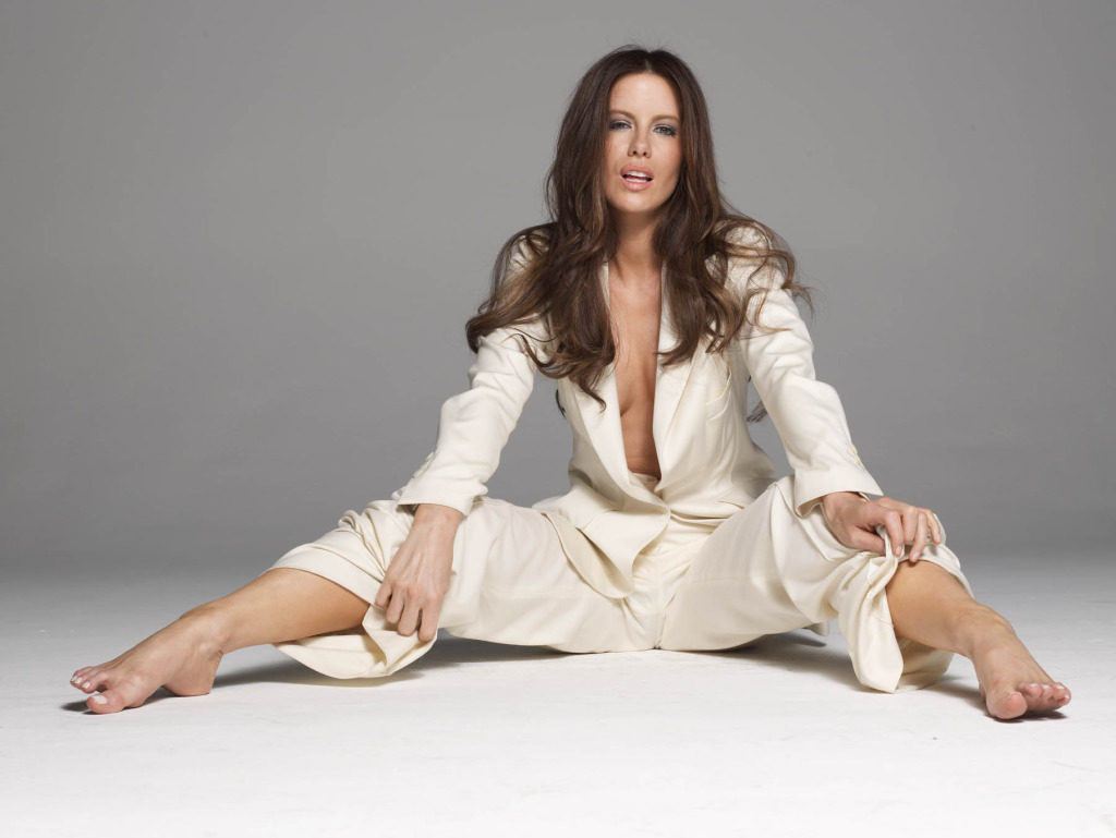 Kate Beckinsale Bombastic Images