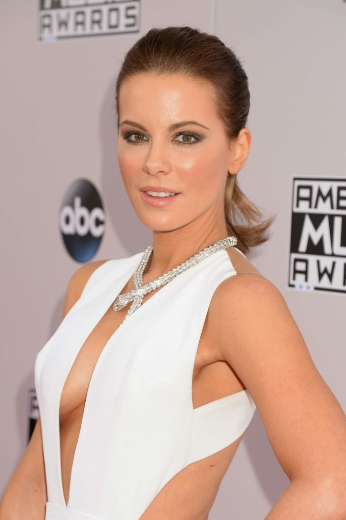 Kate Beckinsale Latest Hair Style Photos
