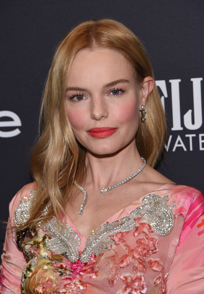 Kate Bosworth Beautiful Pictures At Award Show