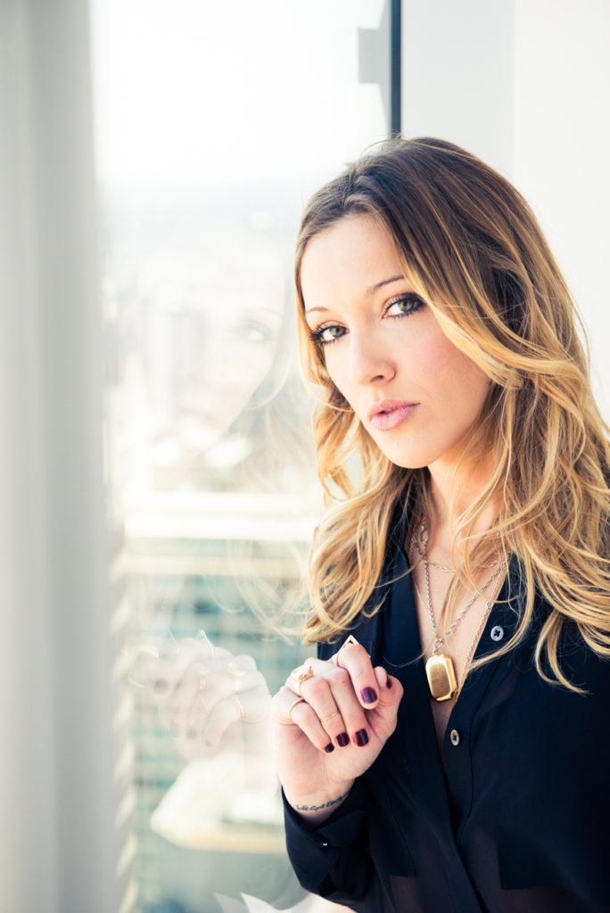 Katie Cassidy Pics
