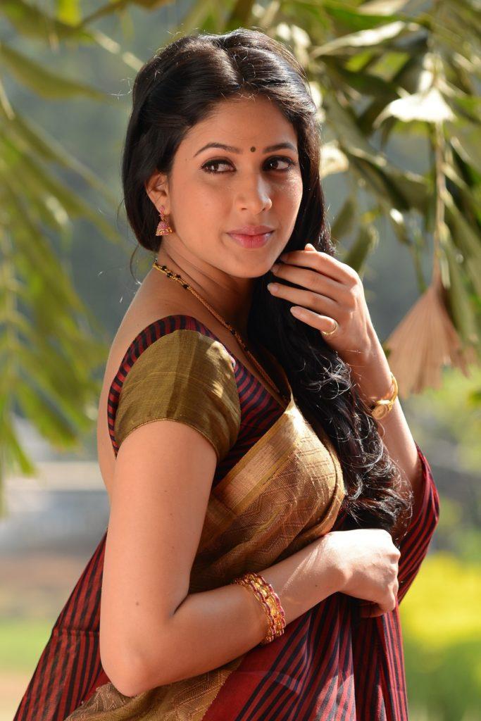 Lavanya Tripathi Hot Images In Saree