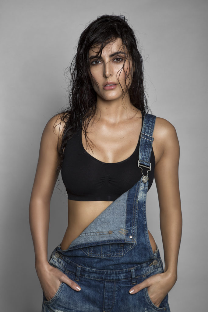 Mandana Karimi Hot Bold Pictures Photoshoot