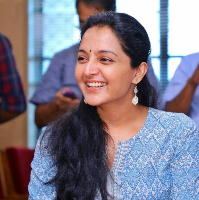 Manju Warrier Cute Smiling Pics