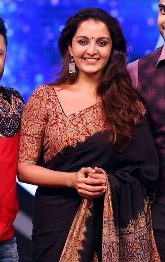 Manju Warrier HD Images