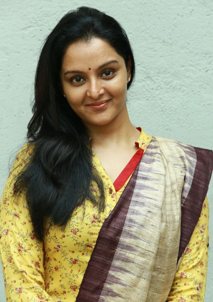Manju Warrier HD Sexy Pics