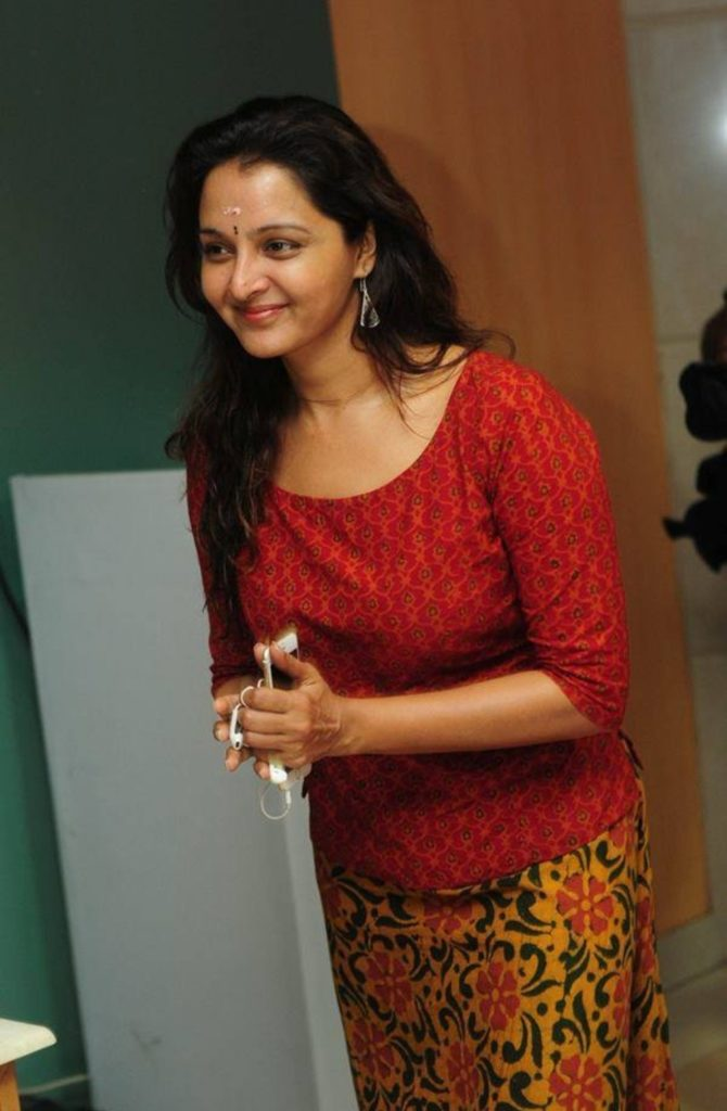 Manju Warrier New Wallpapers