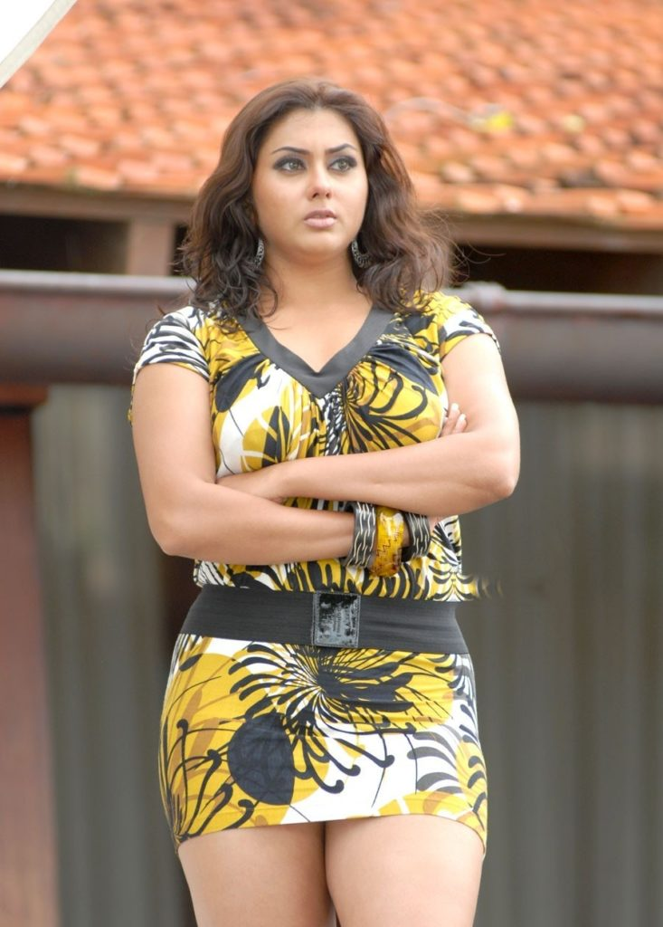 Namitha HD Sexy Legs Pics Download