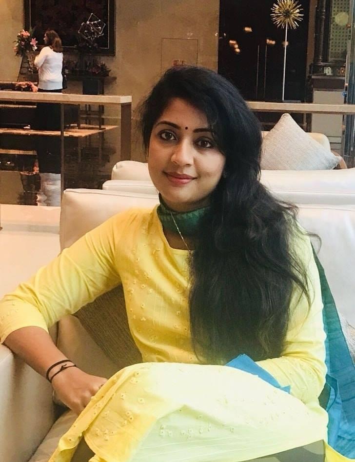 Navya Nair Hot HD Sexy Pics