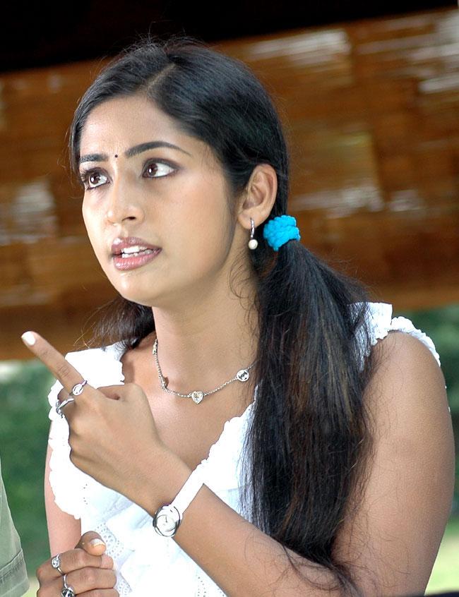 Navya Nair Sexy