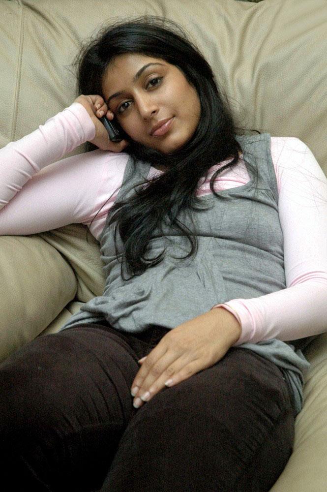 Padmapriya Latest Full HD Pics Gallery