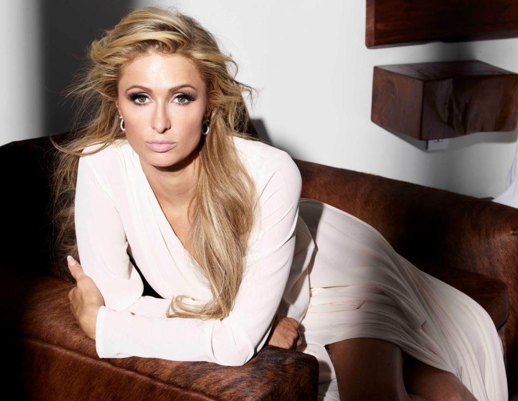 Paris Hilton Attractive Wallpapers