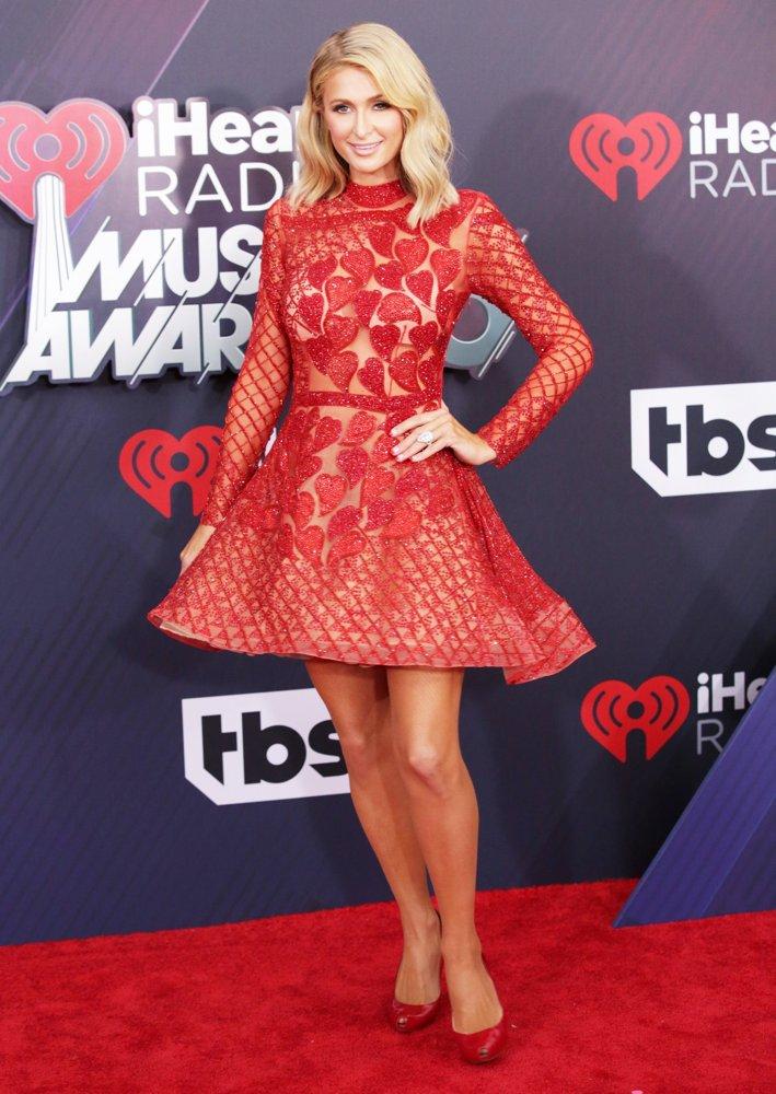 Paris Hilton Photos At Award Show