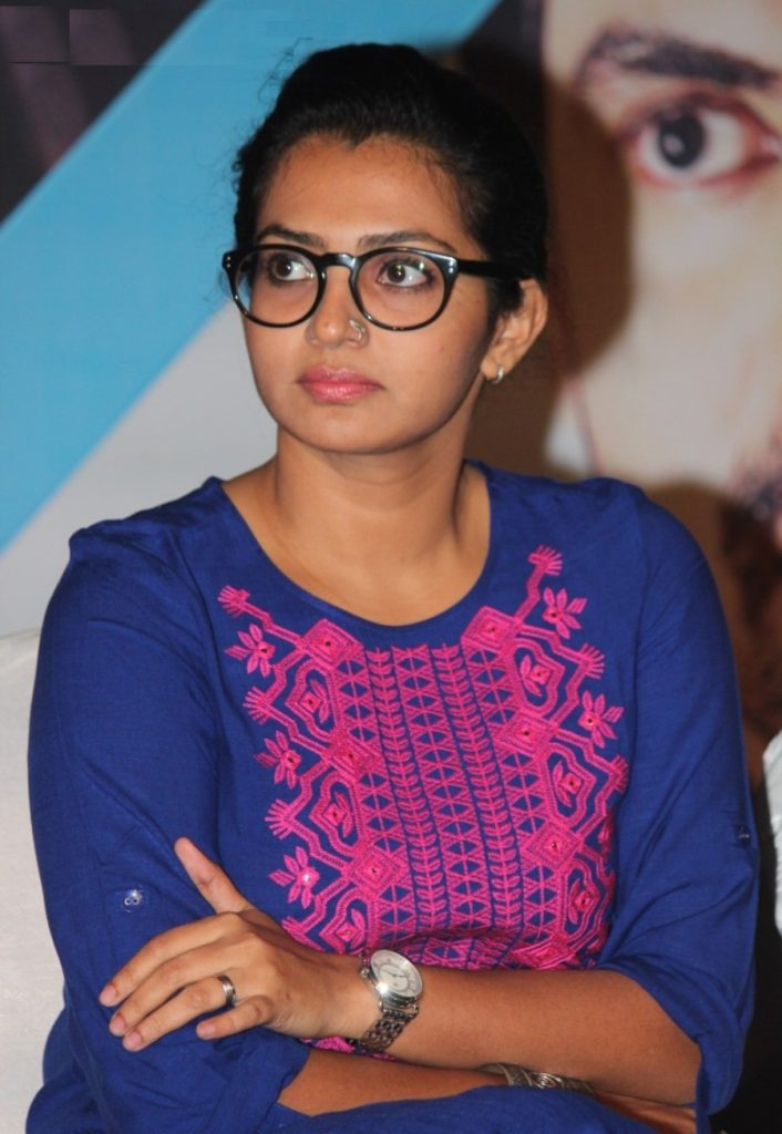 Parvathy Bold Unseen Pictures