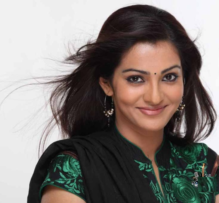 Parvathy HD Sexy Wallpapers