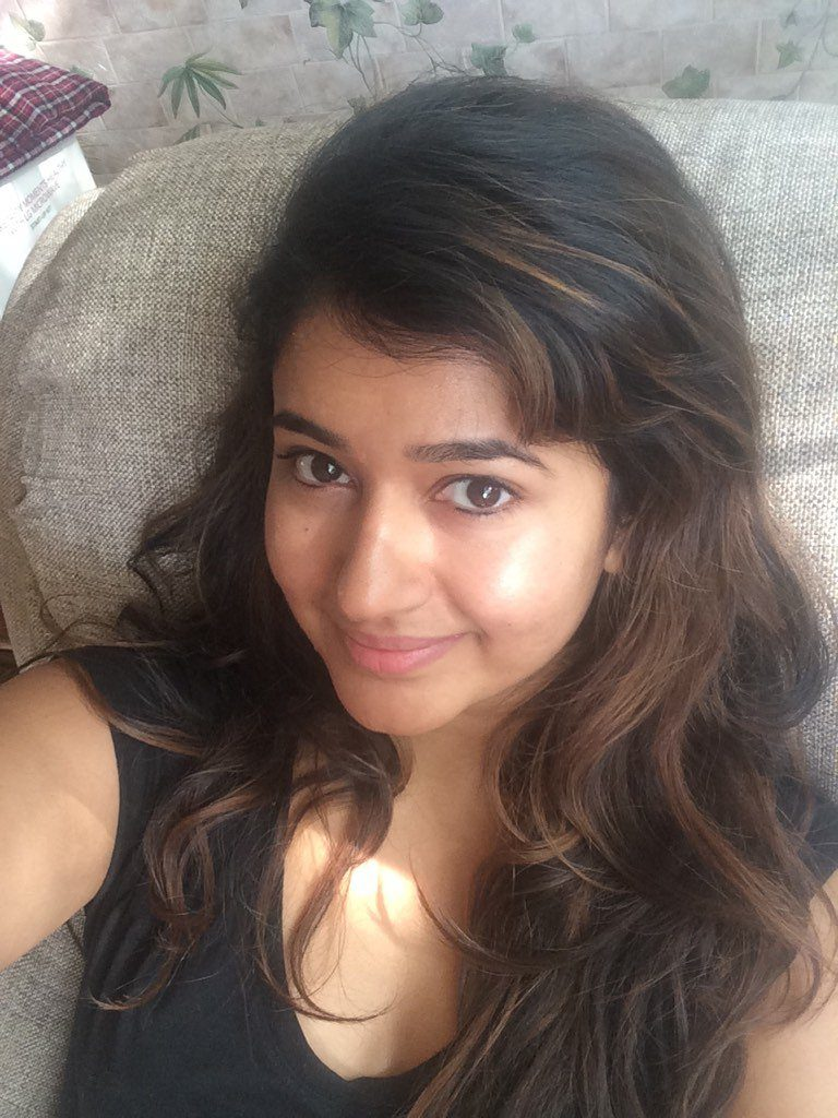 Poonam Bajwa Sexy Eyes Images